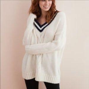 Aerie Oversized V Neck Cable Knit Sweater S Varsit